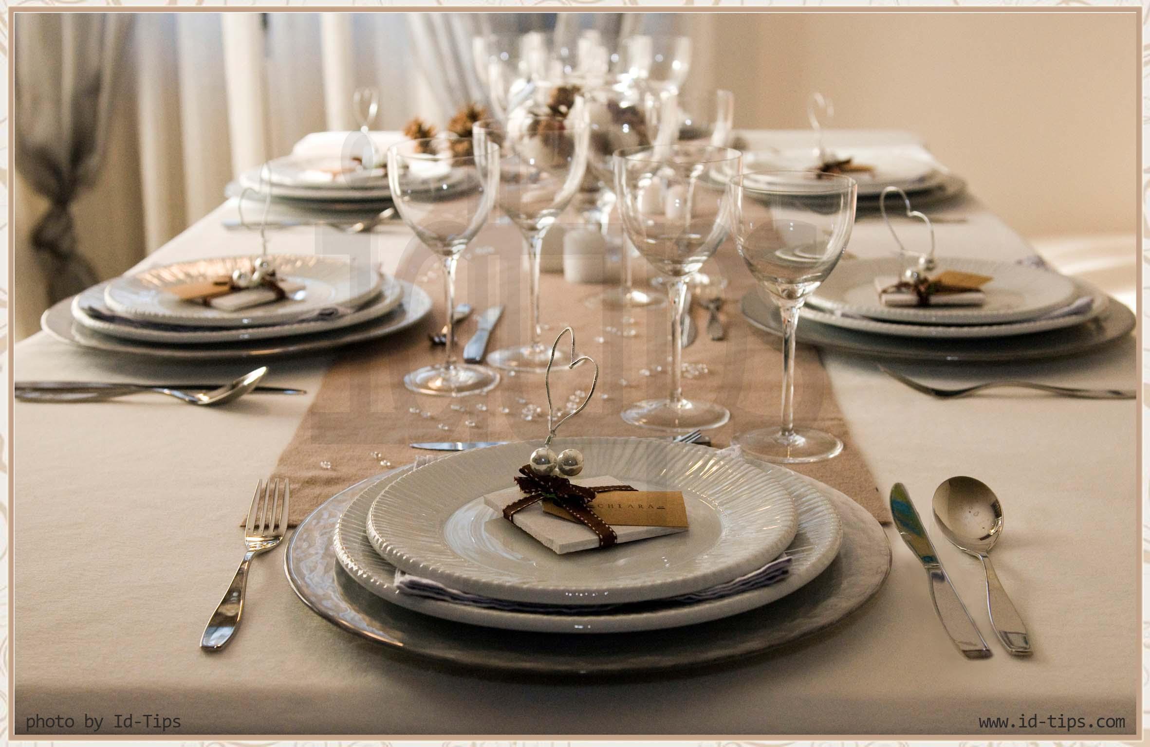 La tavola di natale secondo id tips - Apparecchiare la tavola di natale ...