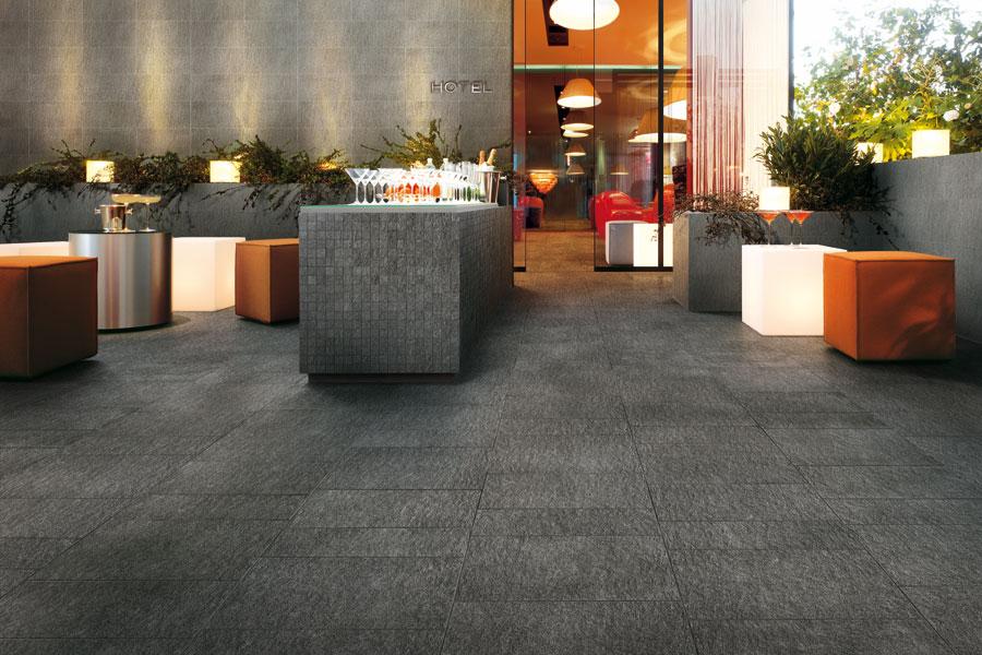 Piastrelle Da Esterno Grigio : Basta distinzioni tra pavimenti per interni e per esterni